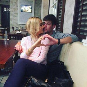 Дмитрий Дмитренко и его запроектная девушка Анастасия Гаганина