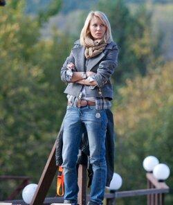 Элина Карякина сменит фамилию на Камирен